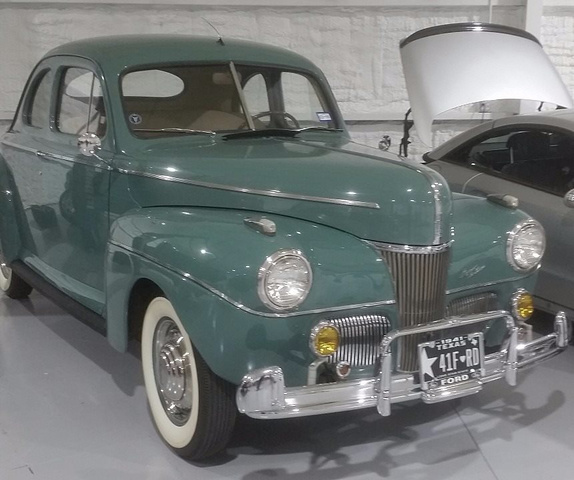 1941 Ford Super Deluxe Green, 87K Miles