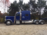 "2013 Peterbilt 389 73"" Semi Truck Sleeper"