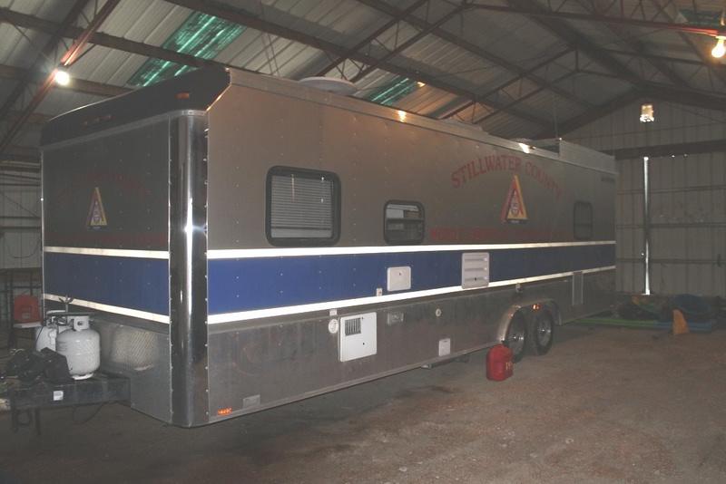 Mobile Emergency Operations Center Trailer (2004 Roadmaster