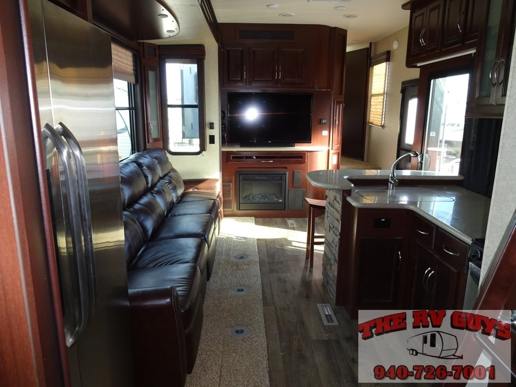 Rv Elevated Living Room