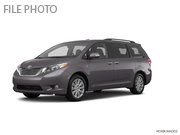 2017 Toyota Sienna LE Regular