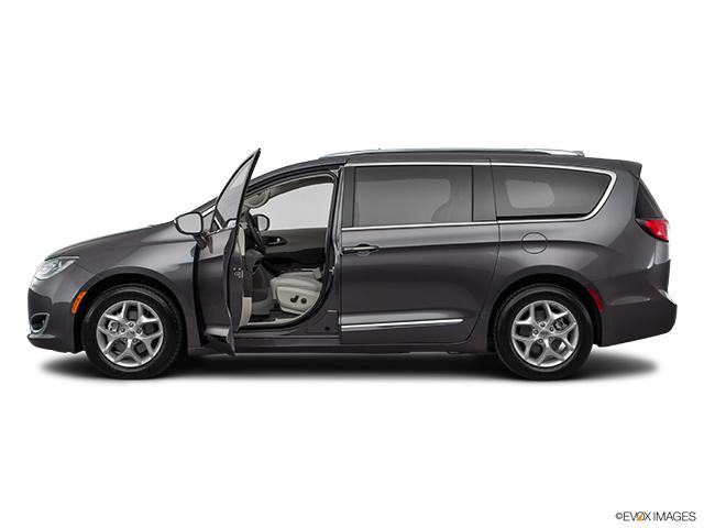 2018 Chrysler Pacifica Van/Minivan TOURING L PLUS