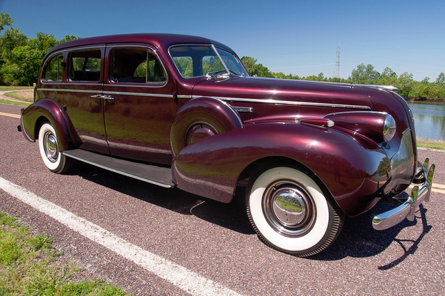 1939 Buick Limited 3