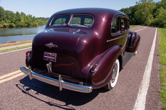 1939 Buick Limited 4