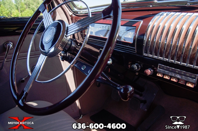 1939 Buick Limited 102