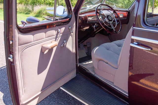1939 Buick Limited 12