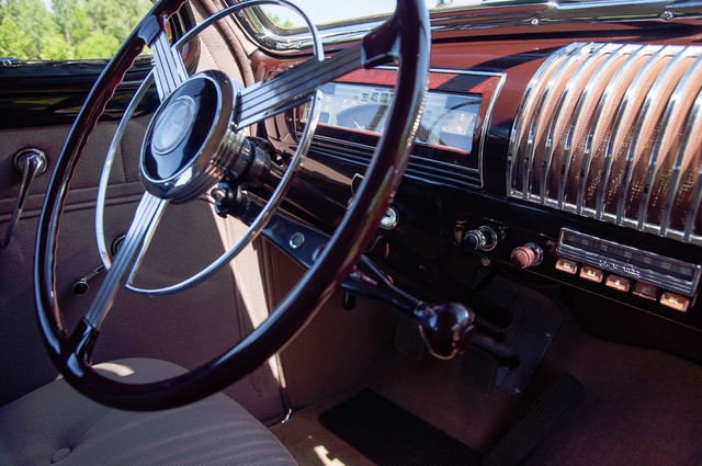 1939 Buick Limited 16