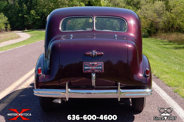 1939 Buick Limited 35