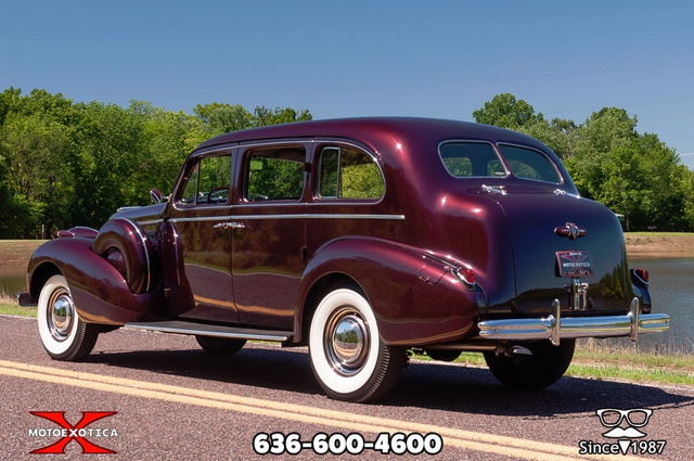 1939 Buick Limited 38