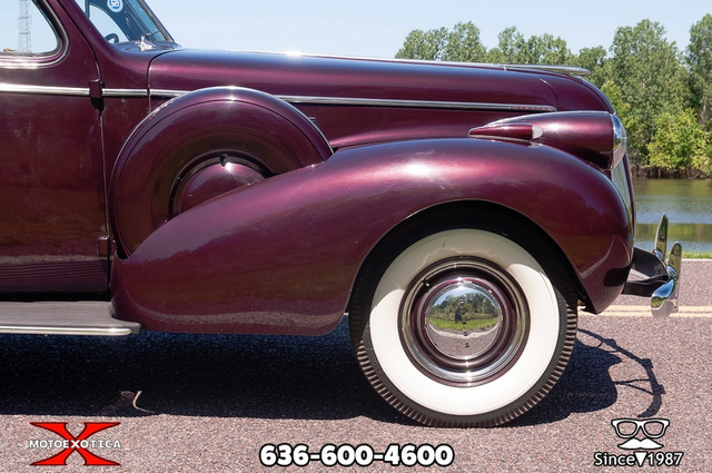 1939 Buick Limited 54