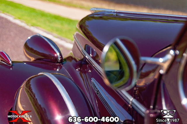1939 Buick Limited 86