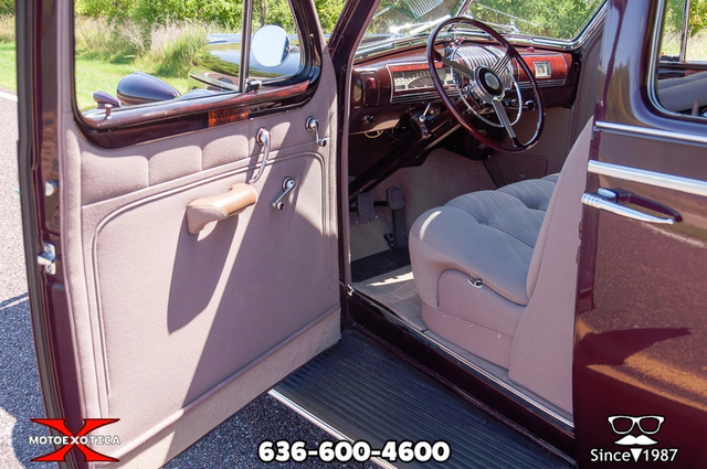 1939 Buick Limited 89