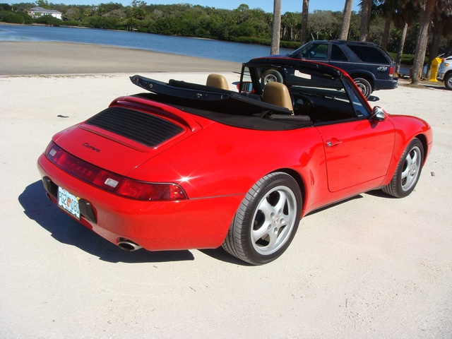 1995 Porsche 911 Carrera photo