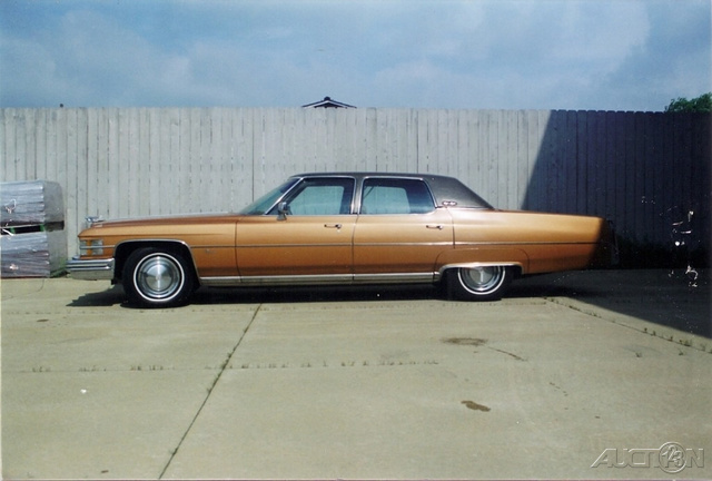 The 1974 Cadillac Fleetwood  photos