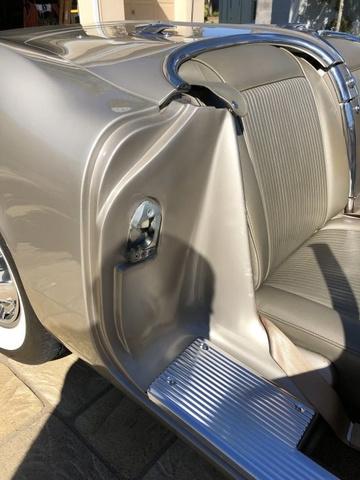 1961 Chevrolet Corvette  photo