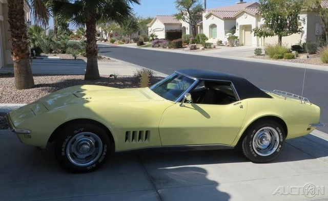 1968 Chevrolet Corvette Roadster photo