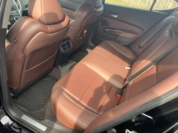 2015 Acura TLX V6 Advance photo