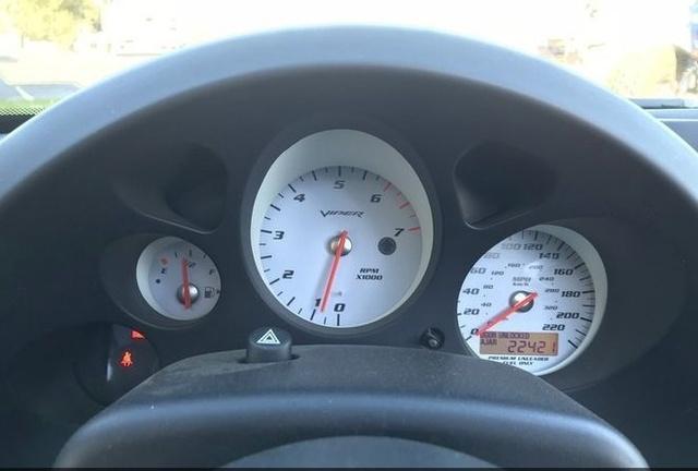 2003 Dodge Viper SRT-10 photo