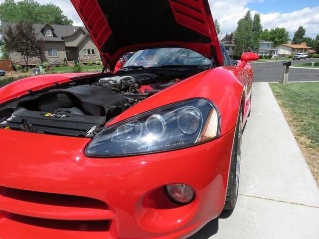 2004 Dodge Viper SRT-10 photo
