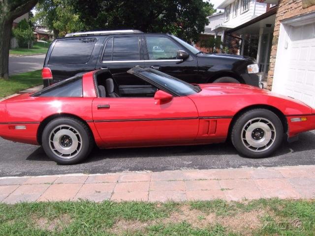 1985 Chevrolet Corvette photo