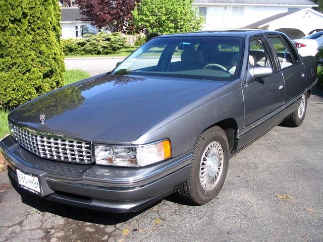1994 Cadillac DeVille photo