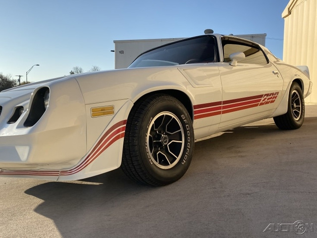 1980 Chevrolet Camaro Z/28 photo