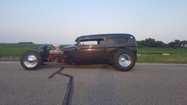 1933 Plymouth 2-Door Coupe Hot Rod
