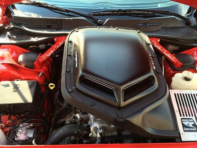 2015 Dodge Challenger R/T Scat Pack photo