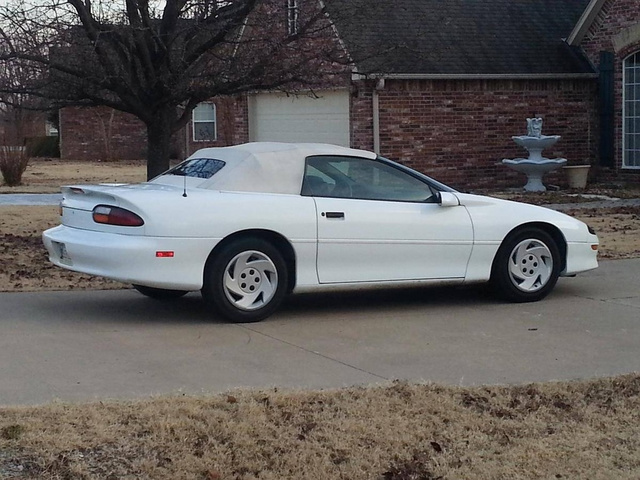 1997 Chevrolet Camaro RS photo