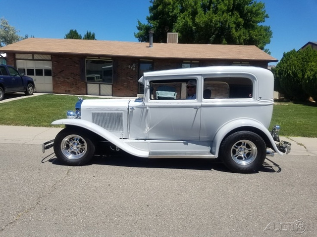 1930 Chevrolet R/V 10 Series R10 photo