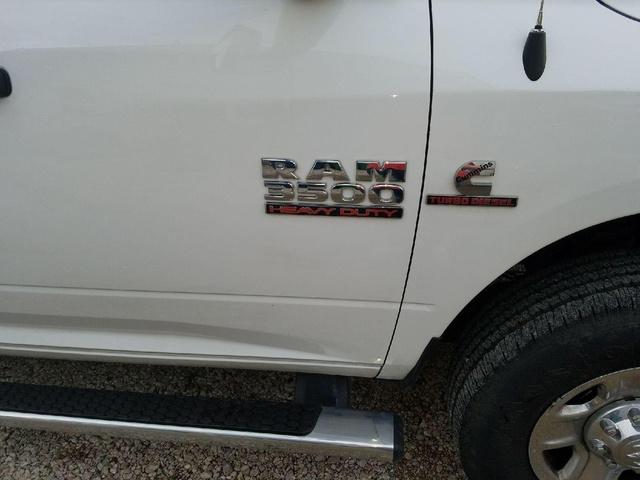 2016 RAM 3500 Tradesman photo