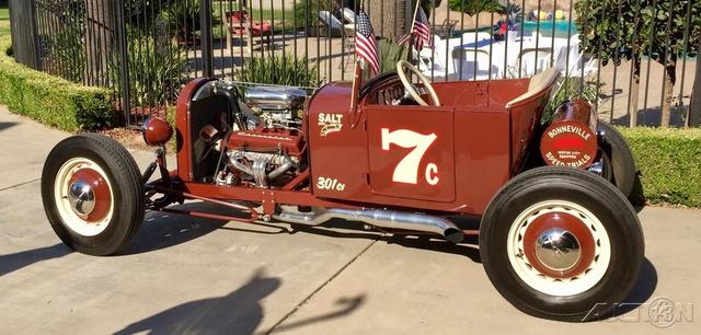 The 1924 GMC Sierra 1500 Hybrid photos