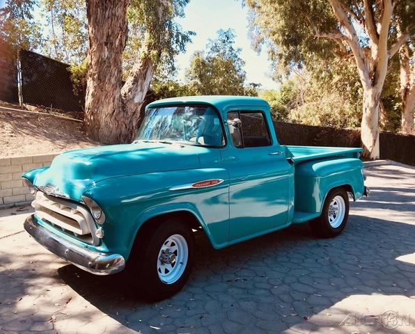 The 1957 Chevrolet 3100 Stepside  photos