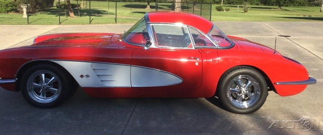 1960 Chevrolet Corvette  photo