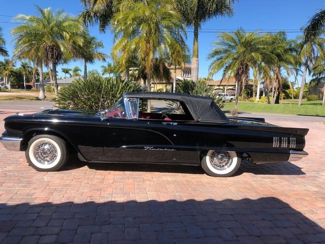 1960 Ford Thunderbird  photo