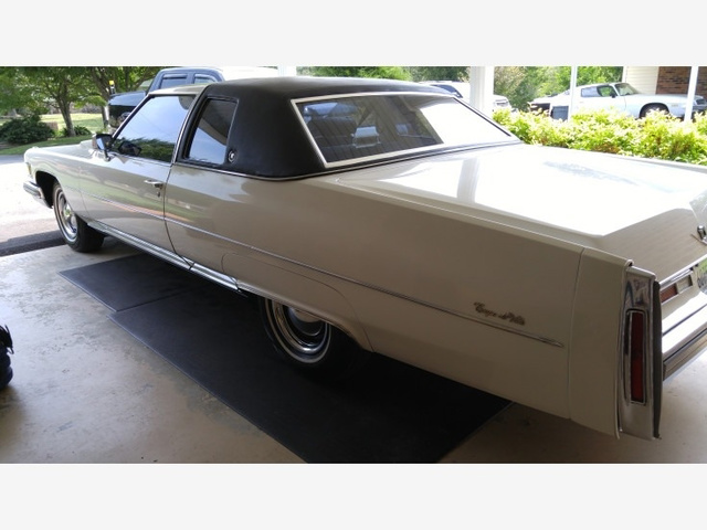 1975 Cadillac DeVille  photo