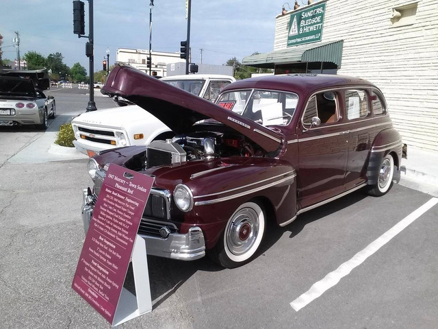 1947 Mercury Town Sedan  photo