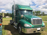 2006 Freightliner Columbia Sleeper Conventional