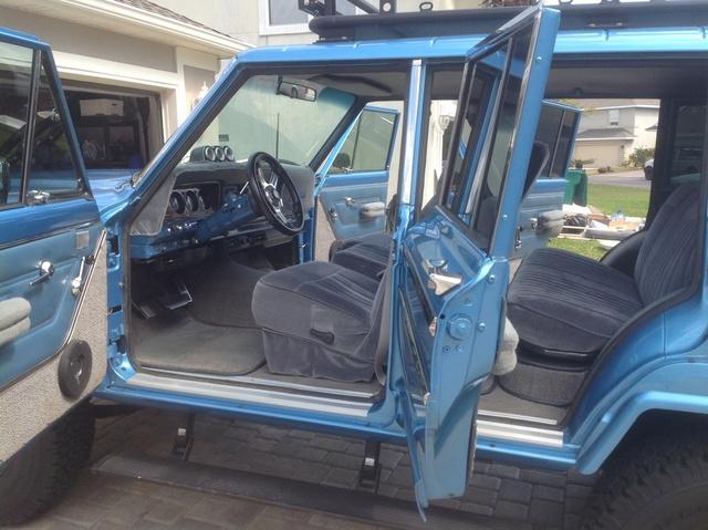 1976 Jeep Wagoneer 4x4 photo