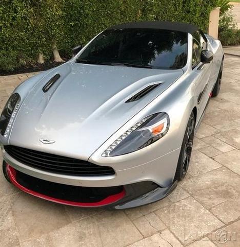 2018 Aston Martin Vanquish Volante S