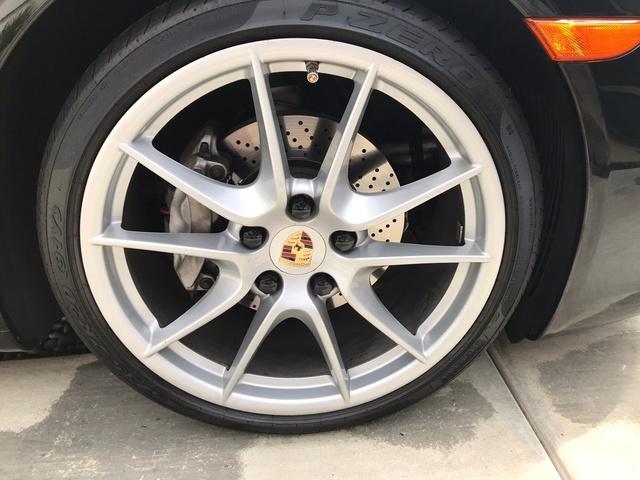 2015 Porsche 911 Carrera photo