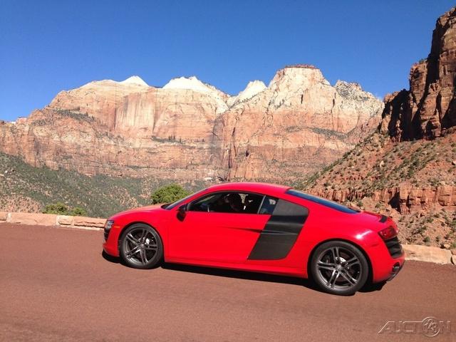 2012 Audi R8 5.2 quattro photo