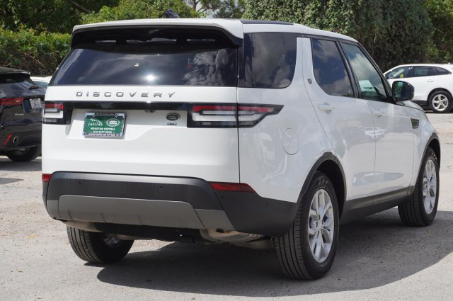 2019 Land Rover Discovery SE photo