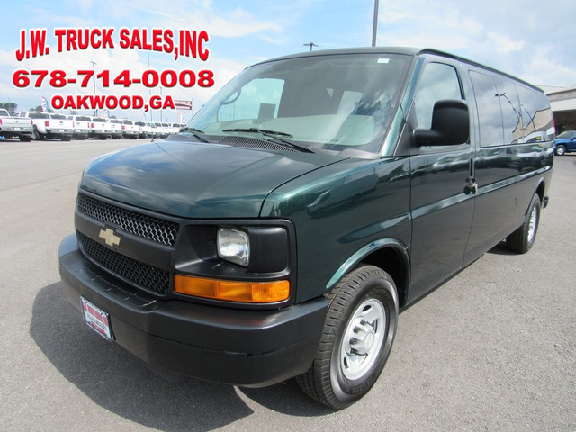 2010 Chevrolet Express 3500 LS 3500 photo