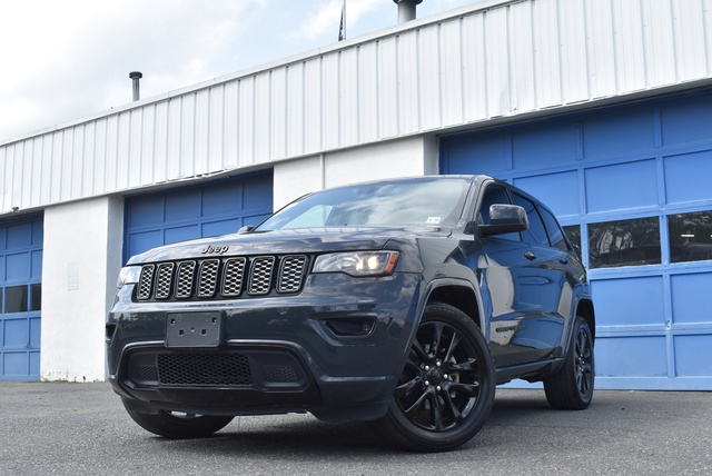 2018 Jeep Grand Cherokee Altitude full