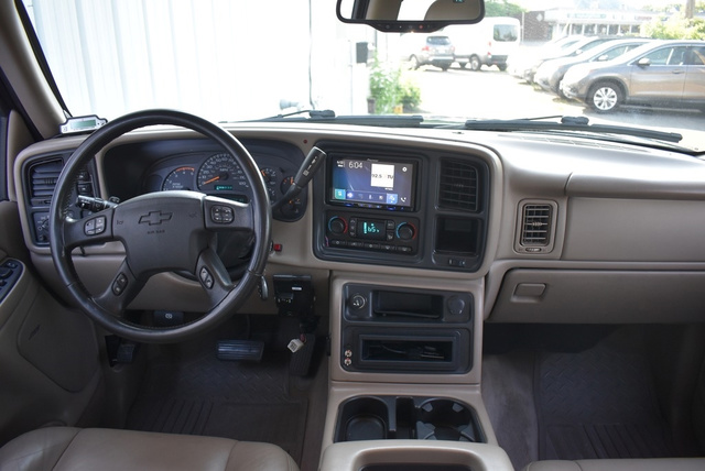2004 Chevrolet Silverado 2500HD LT full