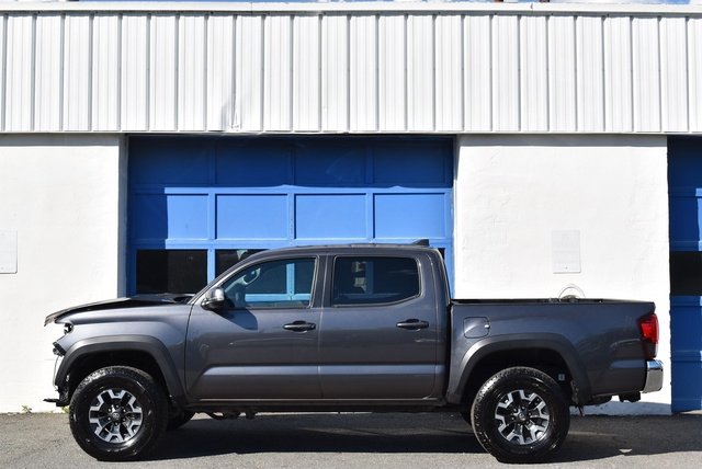 2019 Toyota Tacoma TRD Off-Road full
