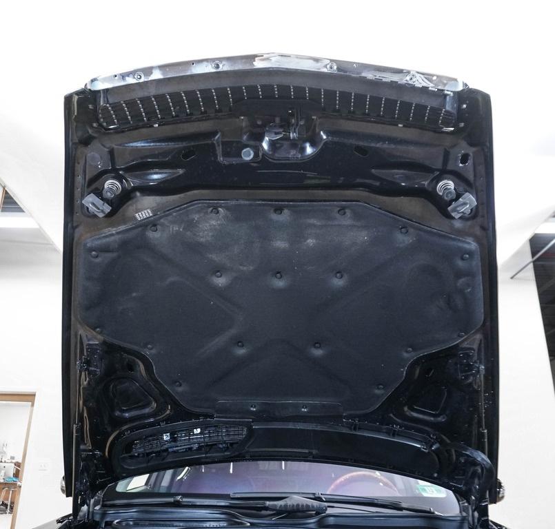 2007 Maybach 62 Camshaft: 2007 Maybach 62 Sedan