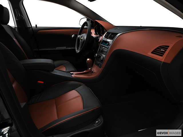 2009 Chevrolet Malibu 4dr Car