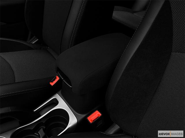 2010 Mitsubishi Outlander Sport Utility